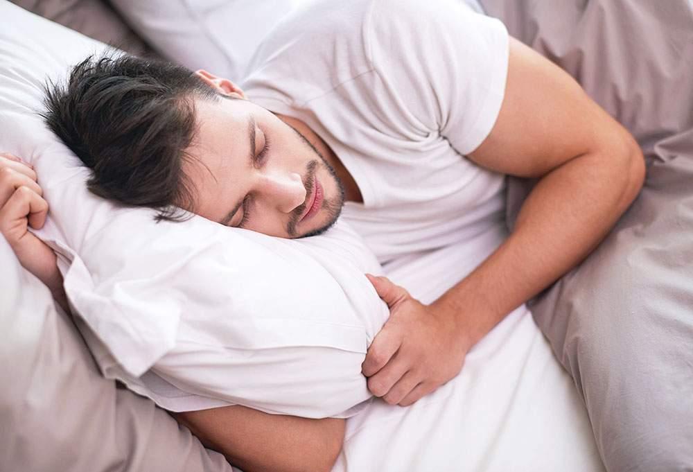 Snoring mouth guard mandibular advanced splint